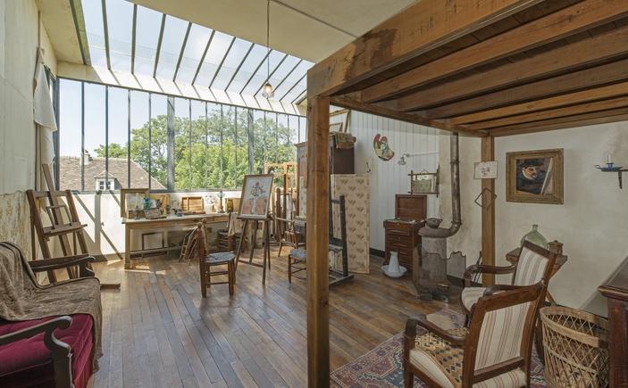 Une vue intérieure du Musée de Montmartre-Jardins Renoir (ph Jean-Pierre Delagarde)