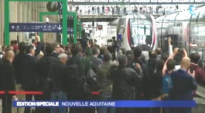 Arrivée du train inaugural à Bordeaux (capture d'écran images France 3). Reportage visible sur le site de la chaine