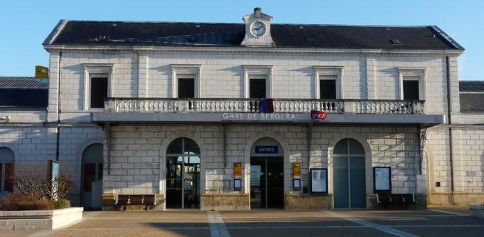 La gare SNCF  de Bergerac ( ph Père Igord-Wikipedia)