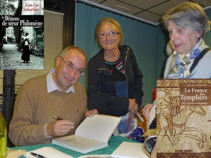 Séance de dédicace à Bergerac (montage René Delon)