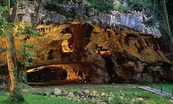 Les grottes de Sare innovent