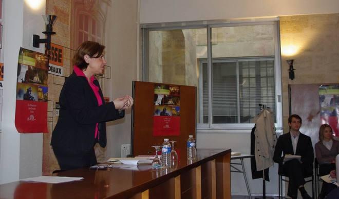 Sylvie Cazes au Club de la presse de Bordeaux (Ph Paysud)