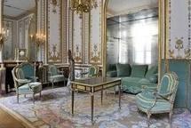 La République rend le bureau de Marie-Antoinette au château de Versailles