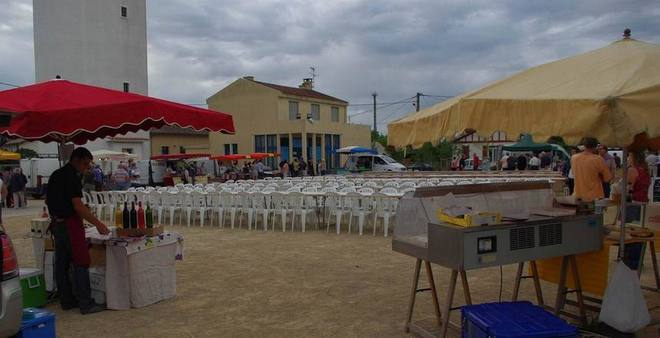 Marché de producteurs de pays à Captieux (Gironde) (Ph Paysud)