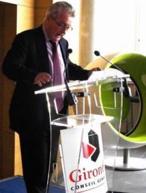 Gironde: Philippe Madrelle prône la rigueur dans le budget du département