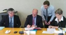 La signature du protocole (Ph Aquitaine)
