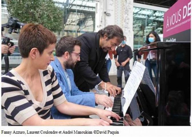 Les pianos de retour dans les gares