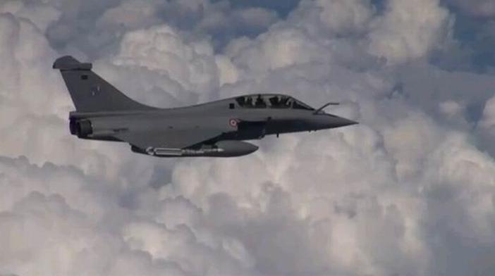 Le Rafale en vol (copie d'écran vidéo Armée de l'Air française)