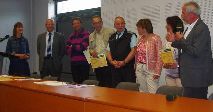 JP Raynaud (Aquitaine) félicite les gagnants (Ph Paysud)