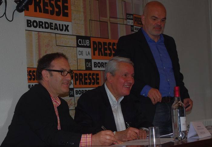 Signature d'un partenariat au Club de la Presse de Bordeaux (ph Paysud)