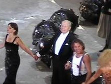Triomphe à Orange en 2009-Roberto Alagna en premier plan (ph Paysud)