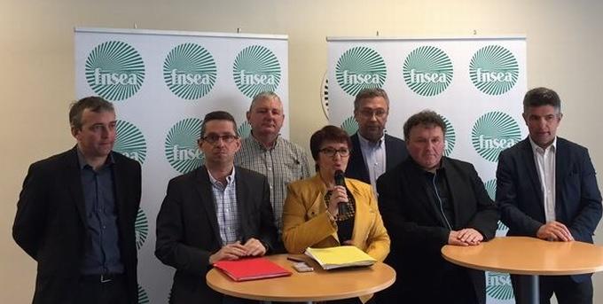 Le    nouveau bureau de la FNSEA autour de Christiane Lambert (ph FNSEA)