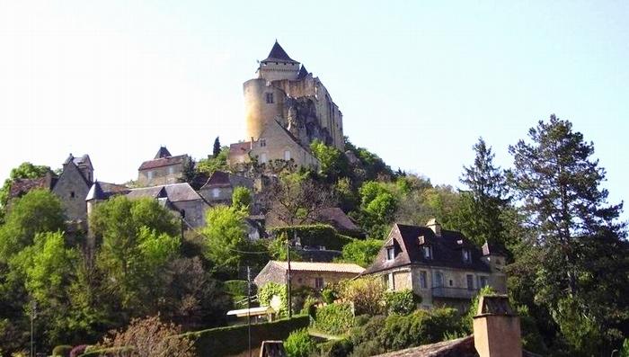 Le site et le château de Castelnaud (ph Paysud)