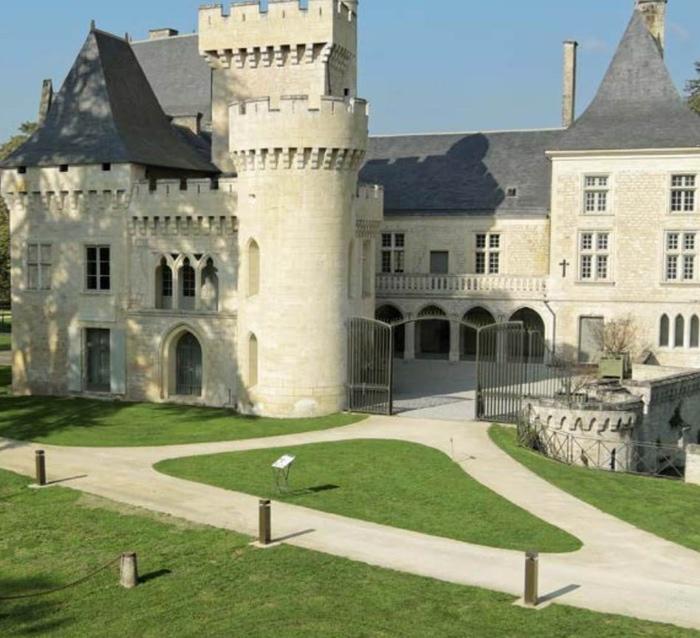 Le château de Campagne (ph CD Dordogne)