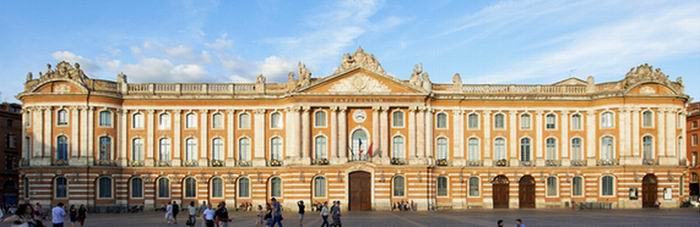 Le Capitole à Toulouse (ph site Toulouse Tourisme)