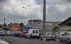 Guadeloupe et Martinique en crise: Yves Jego rentre à Paris