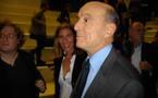 Juppé face à la presse sur  France3 Aquitaine: pas dans l'angoisse du remaniement