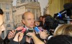 """Alain Juppé face à la presse à Bordeaux : """"j'ai fait mon devoir"""""""