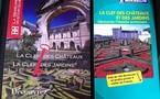 """Châteaux et jardins d'en France: le guide de la """"clef des bonheurs"""""""