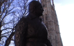 La statue de Chaban-Delmas :hommage à un géant de l'Histoire à Bordeaux