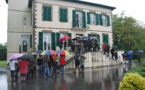 """Les anti-LGV """"raccompagnent"""" deux représentants de RFF dans les Landes"""
