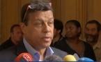 """Agriculteurs:la pression se maintient, Xavier Beulin s'adresse aux """"paysans"""""""
